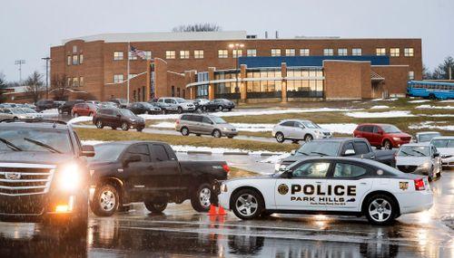 Ayer, la Diócesis de Covington y Covington Catholic High School tomaron medidas de precaución después de